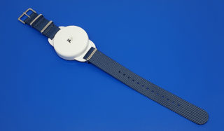 UHF RFID Battery-Assisted Passive Wristband H86SP-WB5-NATO