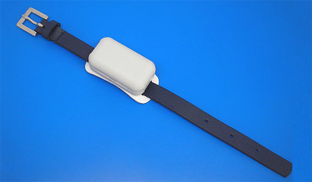 UHF RFID Battery-Assisted Wristband