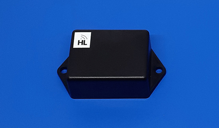 UHF RFID Battery-Assisted on Metal Tag